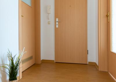 Gemütliche 2-Raum Wohnung in schöner Lage.