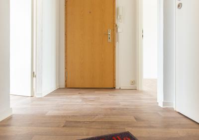 Schöne 2-Raum Wohnung zu vermieten !